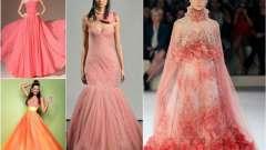 Коралове весільну сукню