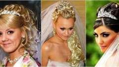 Весільна зачіска нареченої на довге волосся